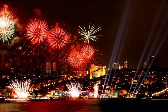 bosphorus new year party